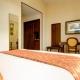 I2105_20200430170425_hotel_athena_deluxe_room_05.jpg
