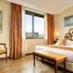 I2105_20200430170430_hotel_athena_deluxe_room_03.jpg