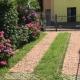 I4447_20190710230719_Posteggio_e_giardino_1.JPG