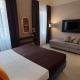 I5083_20210318110348_hotel_maxim_axial_0002_relax_3_stelle_duomo_chiesa_firenze_piazza_vicino.jpg