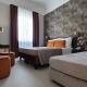 I5083_20210318110351_junior_suites_firenze_centro_hotel_0002_hotel_nel_centro_di_firenze_camera_bb_.jpg